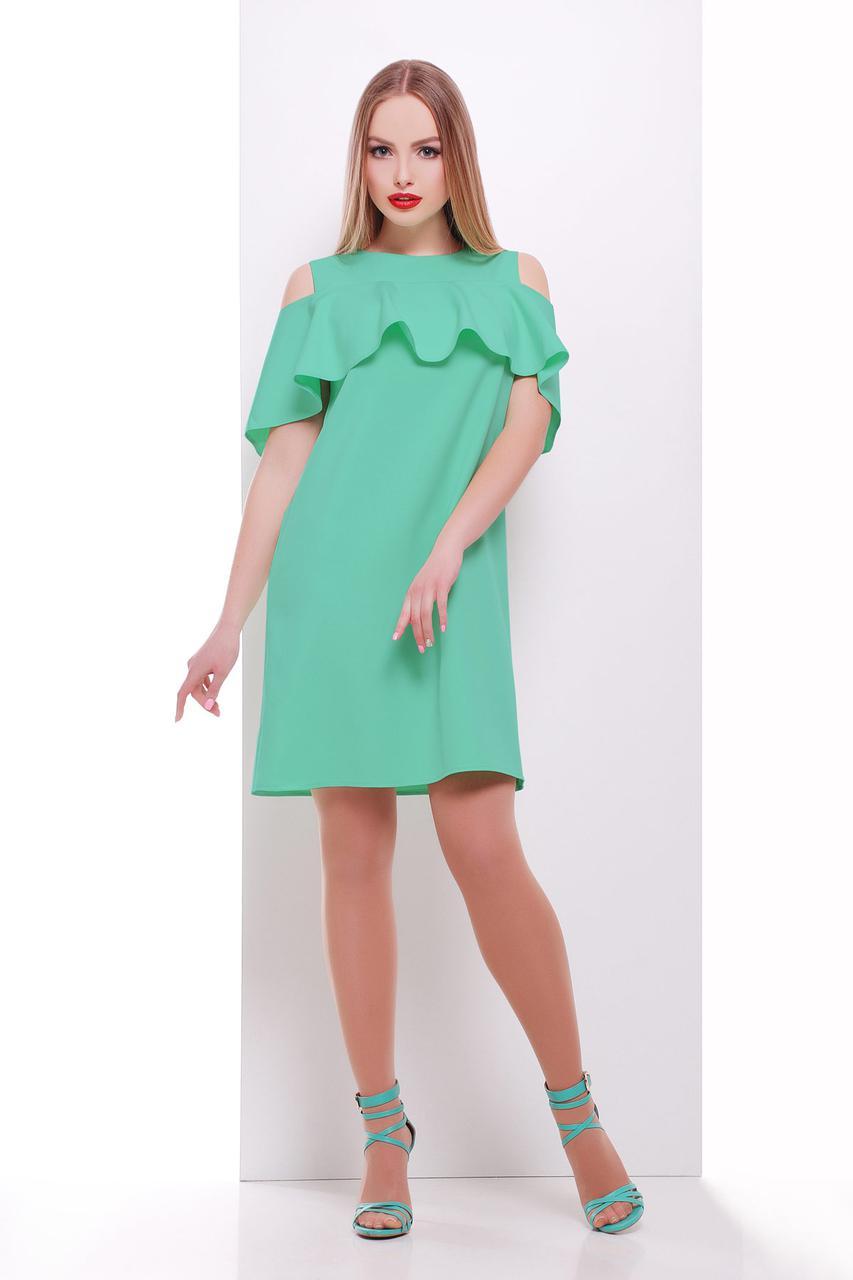 Летнее платье мини прямого кроя с воланом короткий рукав костюмка мятное