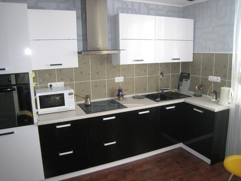 Кухня Original Черный глянец и Белый из пленочного МДФ