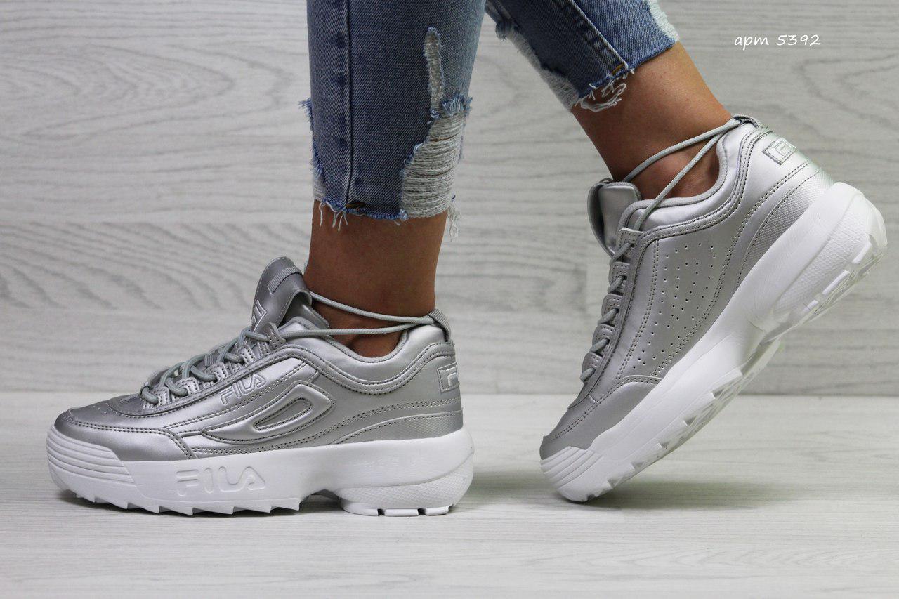Модные подростковые кроссовки Fila,серебристые 39,41р