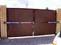 Ворота распашные с односторонней зашивкой профнастилом
