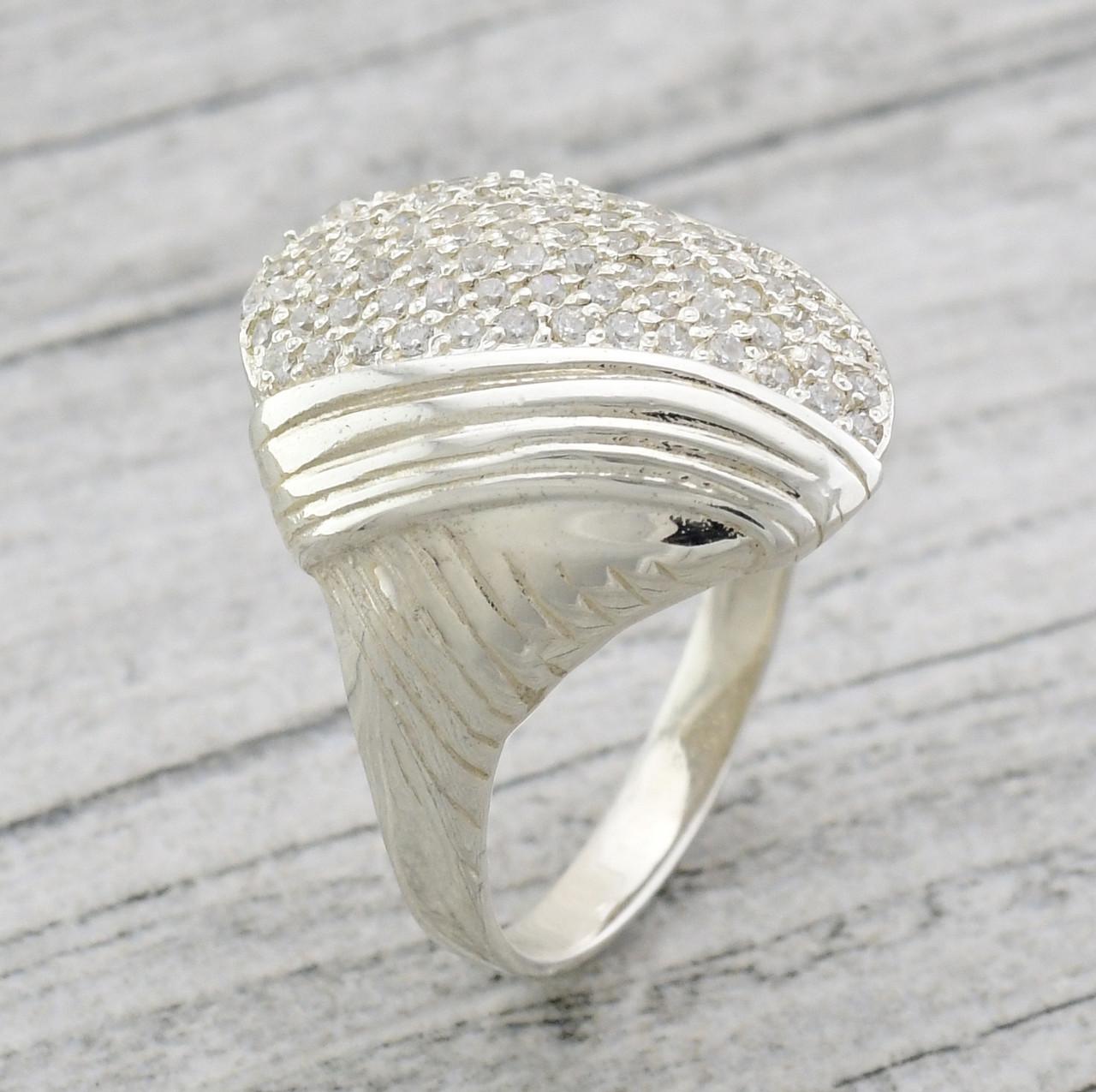 """Серебряное кольцо """"Тамара"""", вставка белые фианиты, вес 5.7 г, размер 17"""