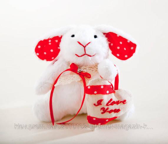 Мягкая игрушка авторской ручной работы кролик банни белый с красным сердцем