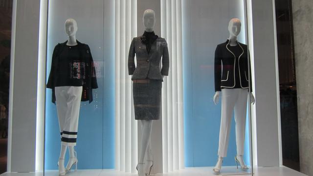 Раздел Трикотажные юбки - фото teens.ua - Нью-Йорк,магазин St.John