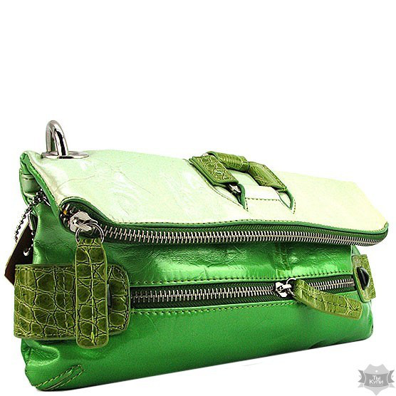 7401247becdd Женская зеленая сумка Batty 4201 - Интернет-магазин одежды, обуви и  аксессуаров в Киеве