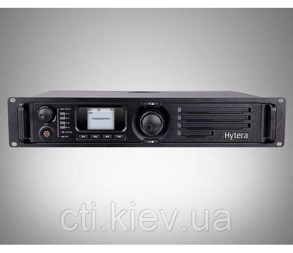 HYTERA RD985. DMR. Digital Repeater