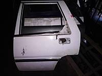 Б/у двері задні ліва для Mitsubishi Lancer combi '89
