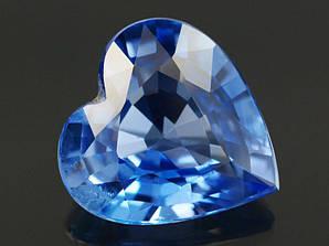 Натуральный  сапфир  сердце 0.57 CT. 5.6 x 5.4 x 2.5 mm.