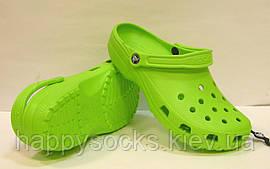 Сланцы Crocs Сlassic салатового цвета