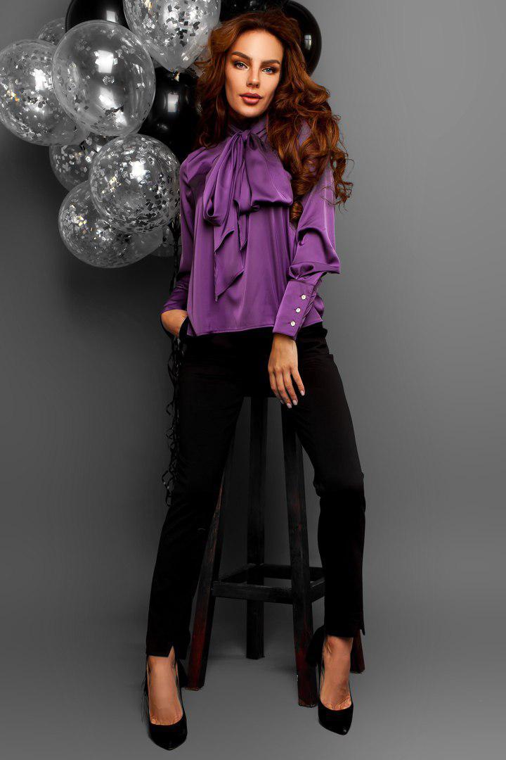 Блуза с бантом под брюки