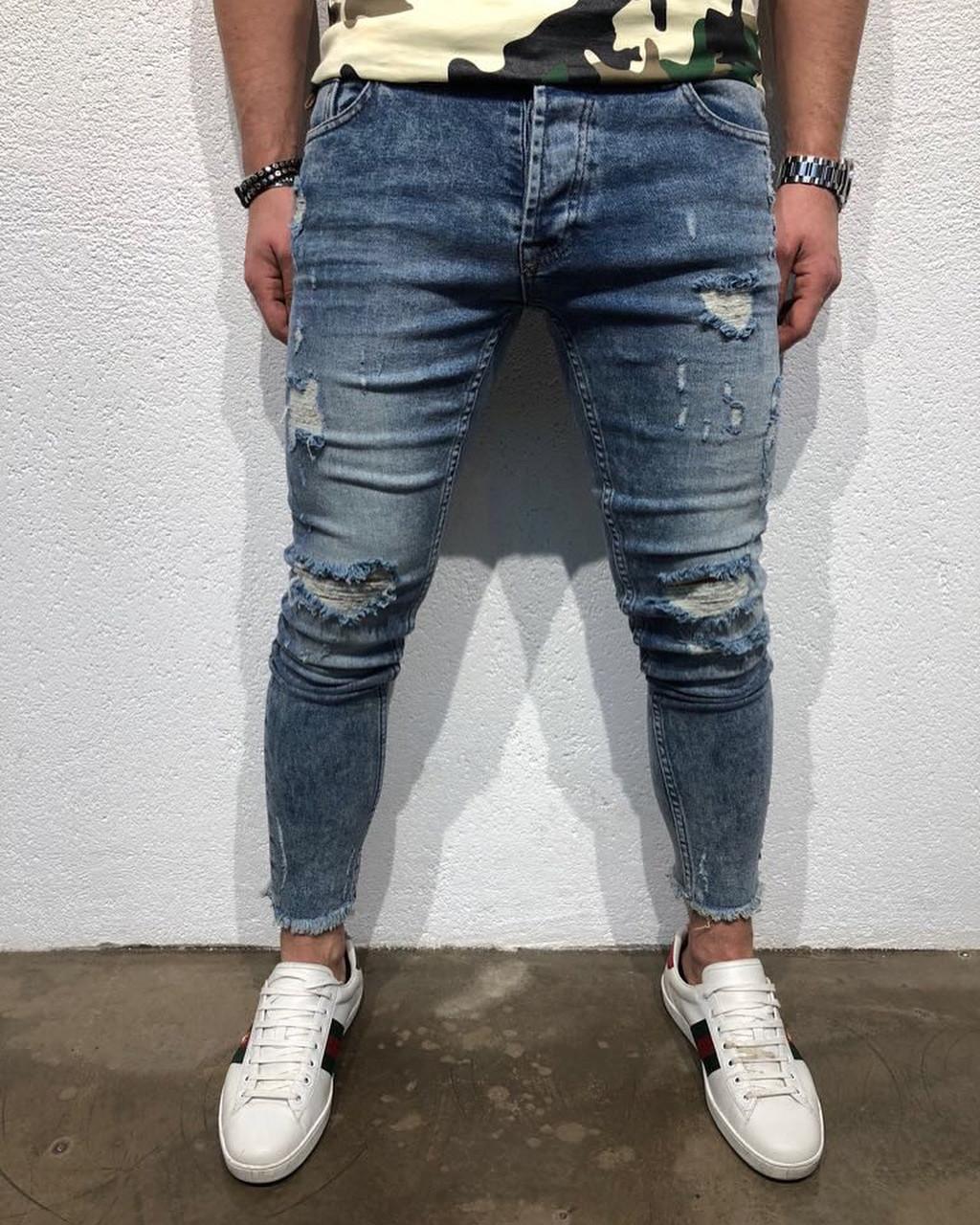 e56ba445460 Мужские джинсы с дырками на коленях (рваные джинсы) светлые зауженные -  Krossovki в Киеве