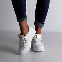 Кроссовки кожаные на шнурке (белые и черные)