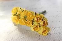 Декоративные бумажные цветочки, розы 2 см 12 шт/уп. на ножке ярко-желтого цвета, фото 1