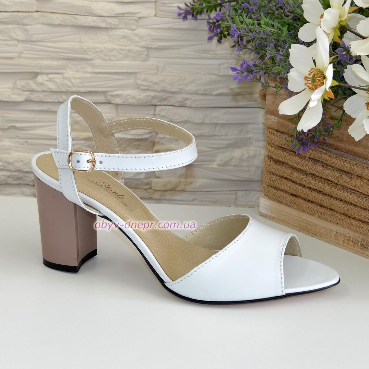 Женские кожаные босоножки на устойчивом каблуке, цвет белый