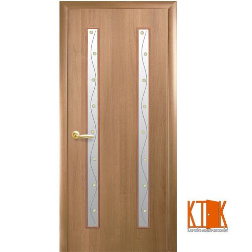 Межкомнатные двери Новый Стиль Вера ПВХ с рисунком Р2 (золотая ольха)