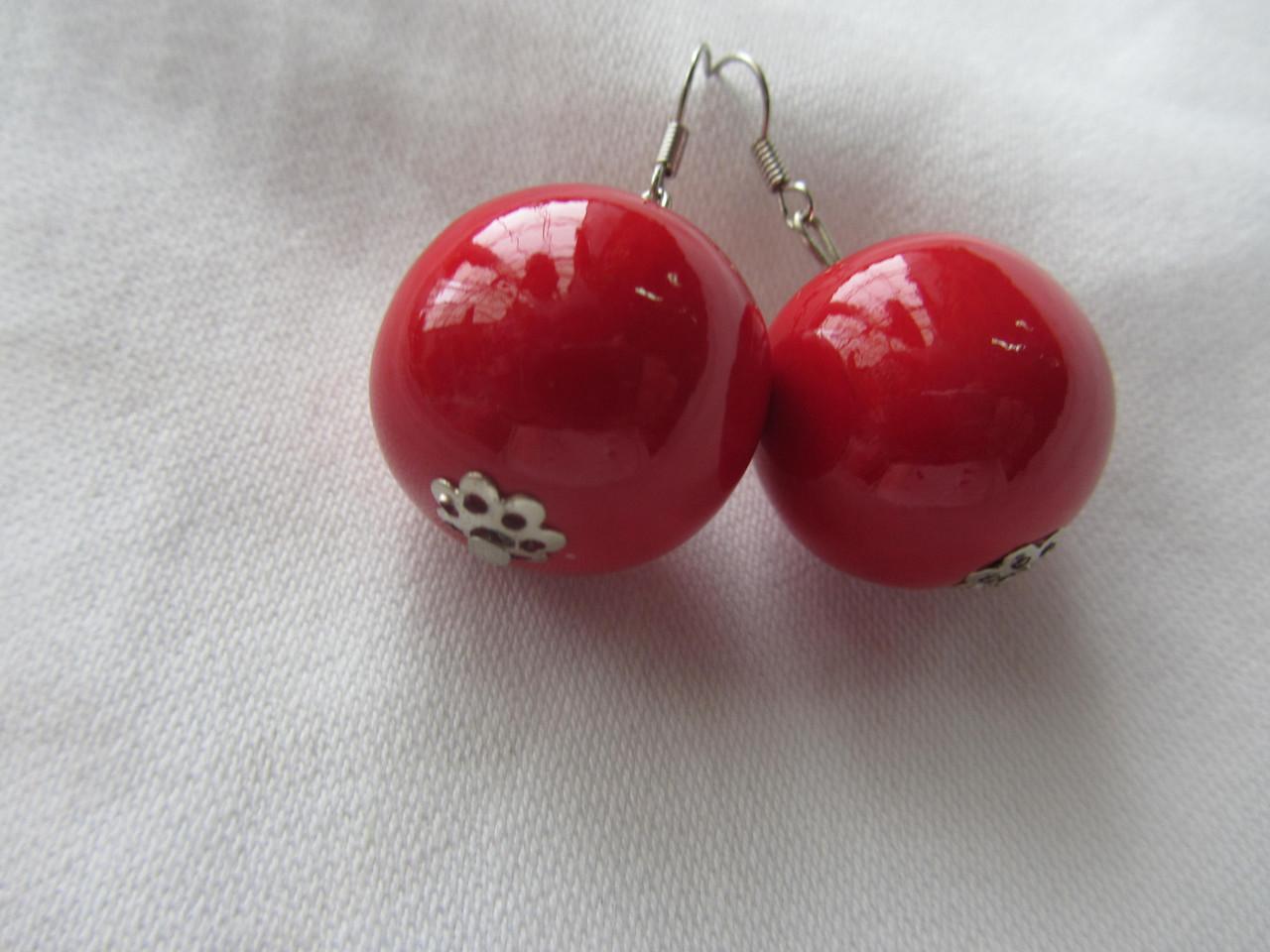 Серьги красные деревянные,диаметр  бусины1 1,5 см (15/9) (цена за 1шт. +6 грн)