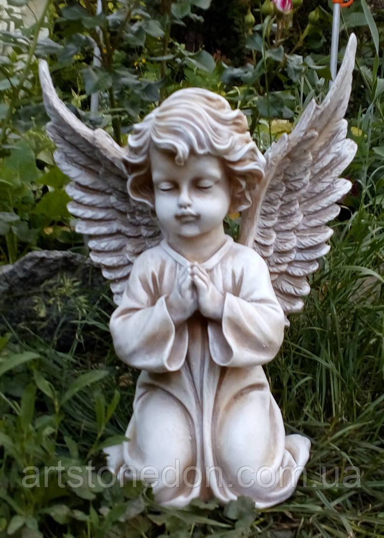 Полимерная скульптура ангела. Скульптура Ангел на коленях №111 из полимера 35 см