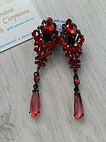 Длинные серьги клипсы с красными камнями в черной оправе