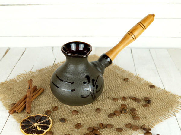 Турка Иероглиф керамическая с деревянной ручкой 200 мл