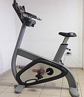 Вертикальный велотренажер Star Trac Pro