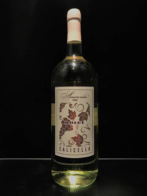 Итальянское вино белое полусладкое Amore Mio Calicella 1.5л