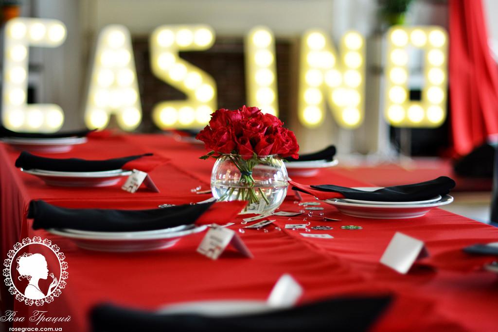 Вечеринка в стиле Casino в ресторане Моника Билуччи
