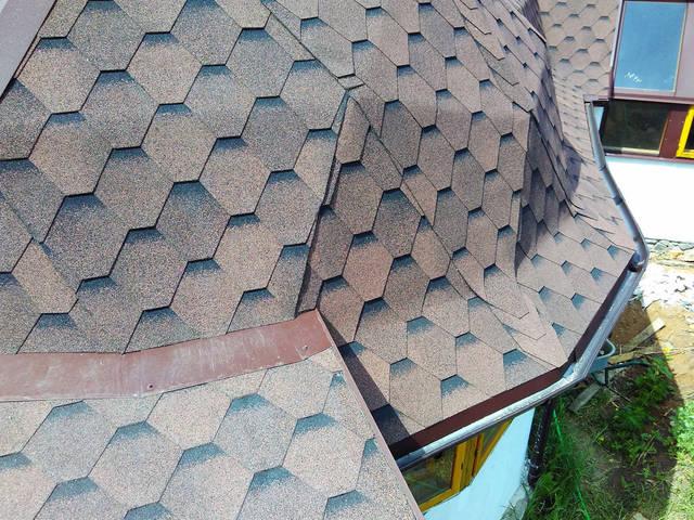 Правильное устройство крыши ( укладка битумной черепицы, подкровельная вентиляция, отливы, аэратор), на купольном доме.