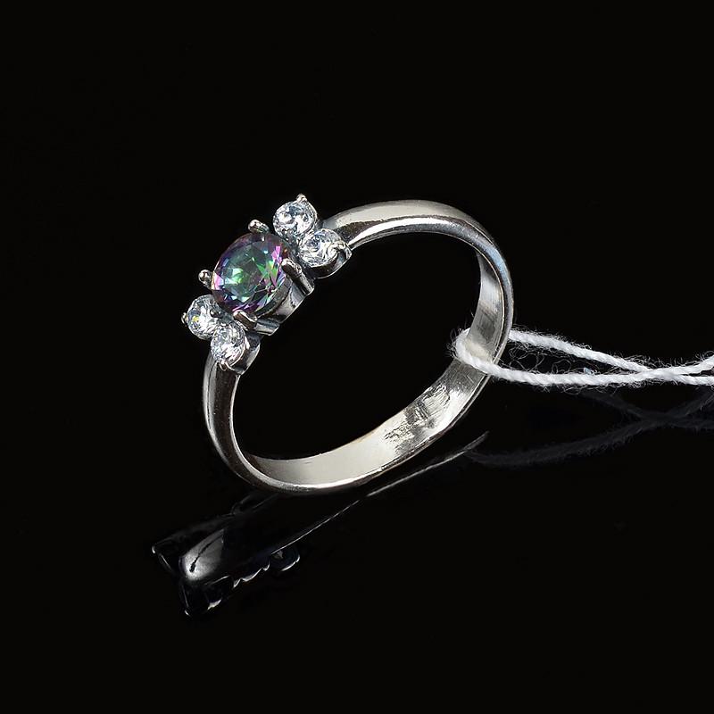 Серебряное кольцо с камнем цвета мистик