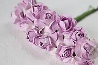 Бумажные цветочки 12 шт. 2 см на ножке бело-сиреневые