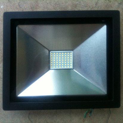 светодиодный прожектор 30 ватт