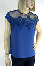 Нарядна блузка з мереживом на плечах, фото 2