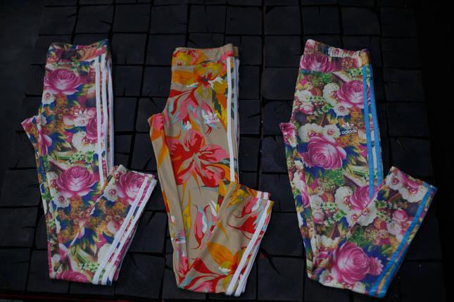 Женские лосины Adidas. Цветы/три полоски , фото 2