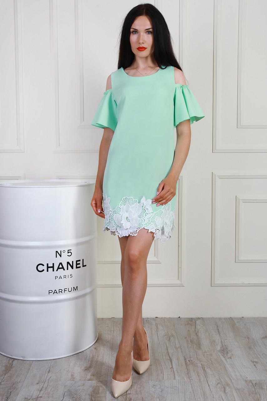 Платье элегантное летнее с французским кружевом