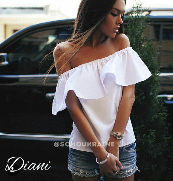 Блуза с открытыми плечами и рюшей коттон