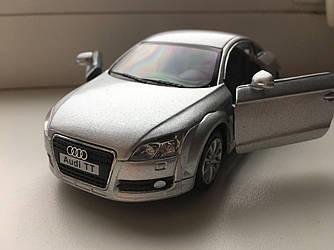 Машинка металлическая Audi TT 12см серебро