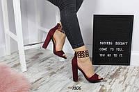 Бордовые женские босоножки браслет на каблуке