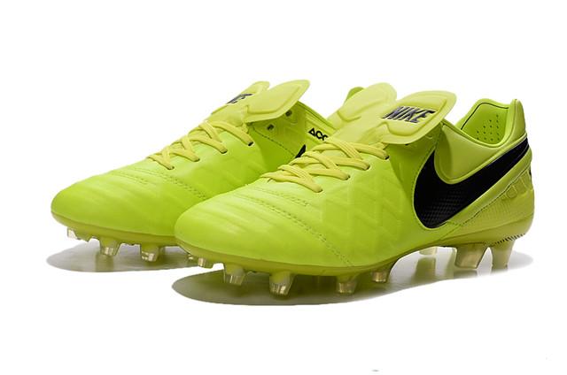 Футбольные бутсы Nike Tiempo Legend VI FG