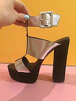 Стальные босоножки на толстом каблуке с пряжкой , копия