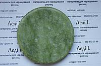 Нефритовый камень лешмейкера для клея