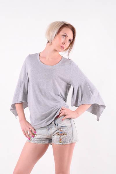 Женская футболка  рукав-крылышко серый меланж размер 40-44