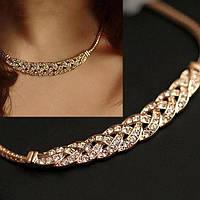 Красивое ожерелье на шею женское золотистое