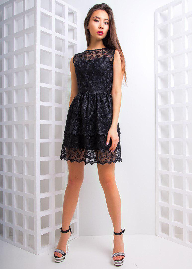 Платье кружевное мини с двойной юбочкой