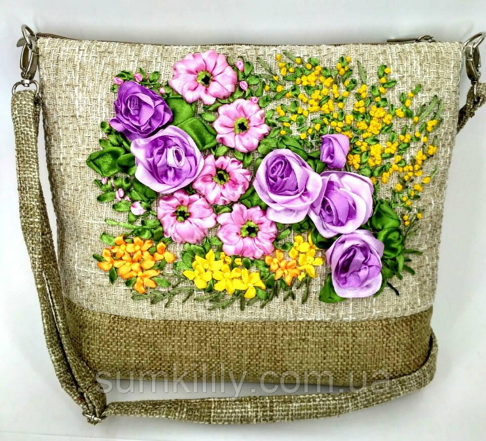 Сумочка с вышивкой лентами Розы с мимозой