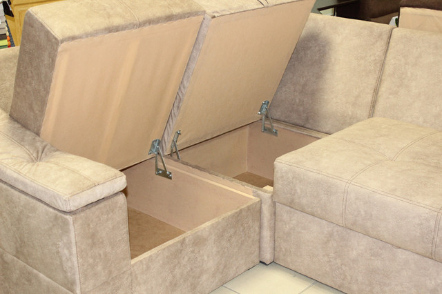 Кутовий диван купити в Одесі