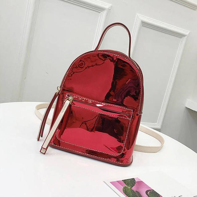Лаковый мини рюкзак красный