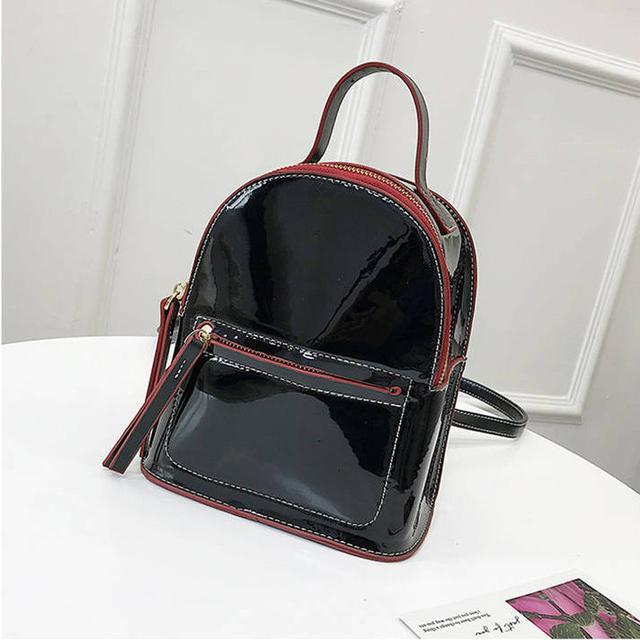 Лаковый мини рюкзак черный