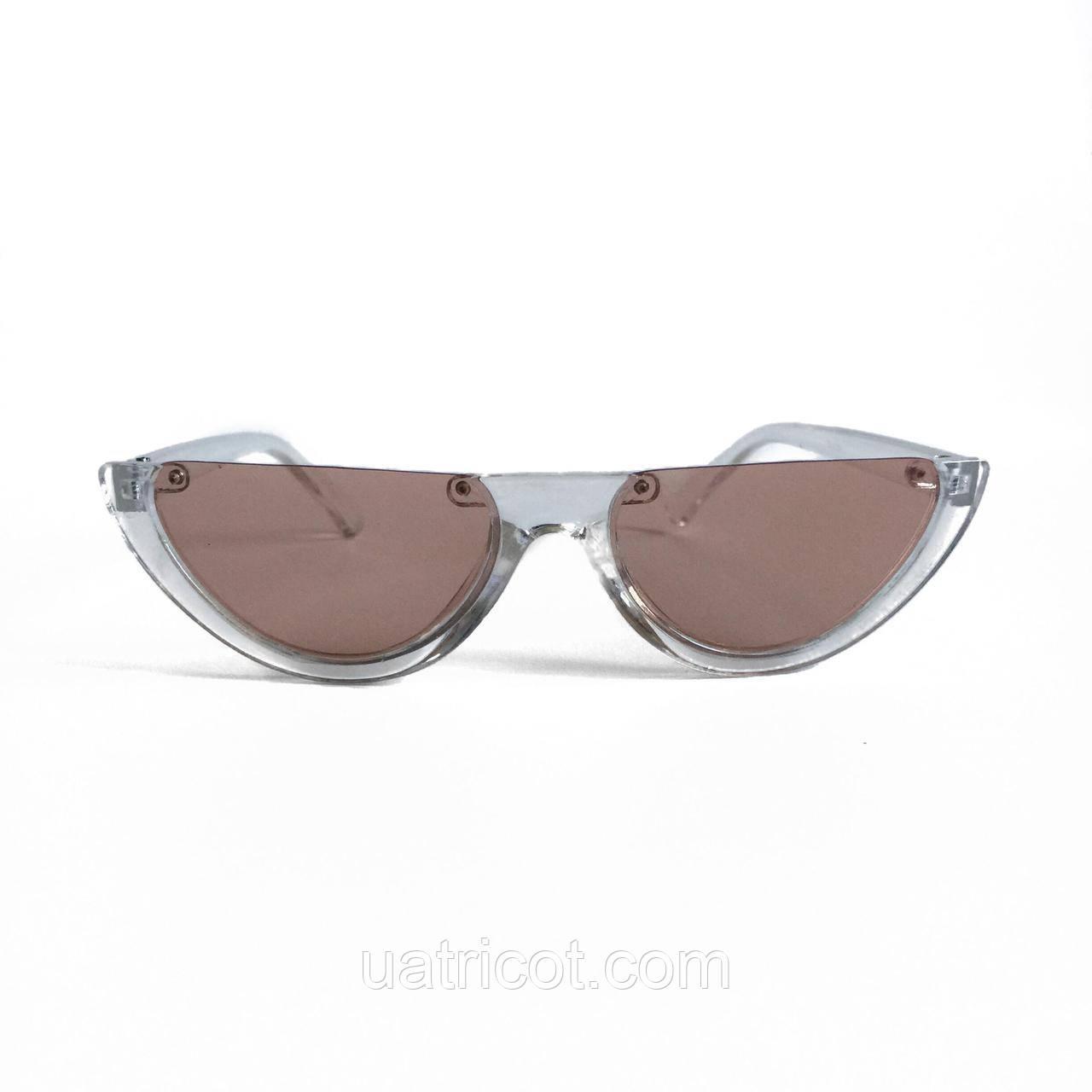 Женские солнцезащитные очки лисы в прозрачной оправе с розовыми линзами
