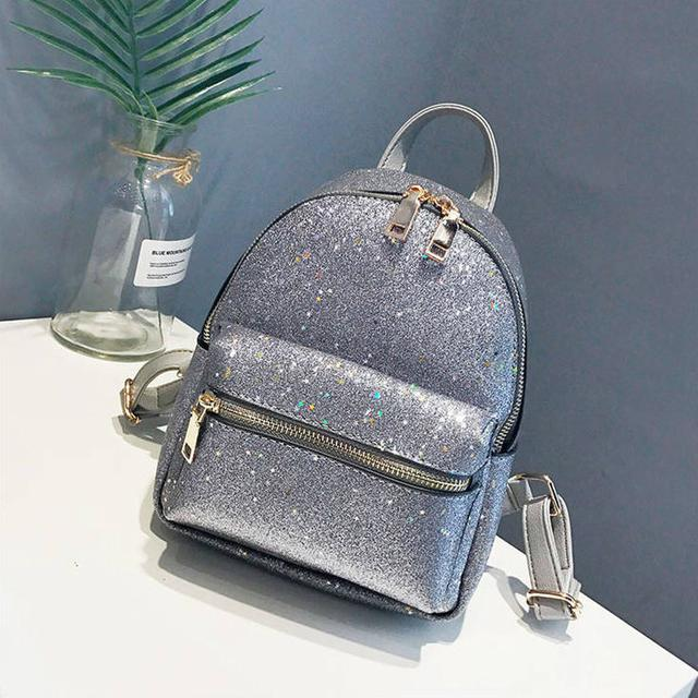 Блестящий мини рюкзак серый