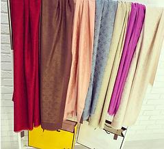 Шарфы, платки и шали