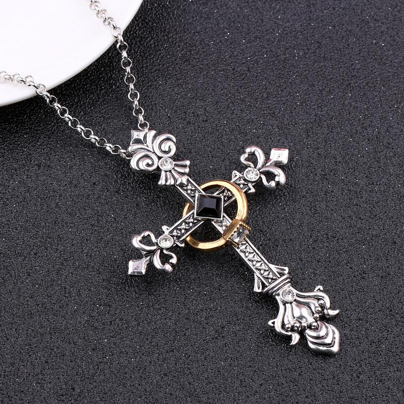 Готический кулон крест с кольцом