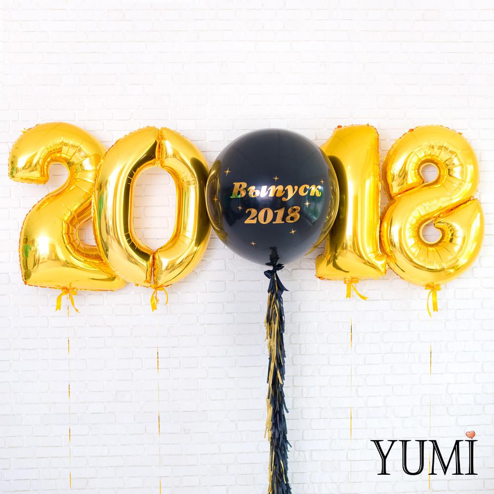 Оформление из воздушных шариков на Выпускной